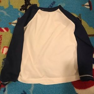 Old navy rash guard